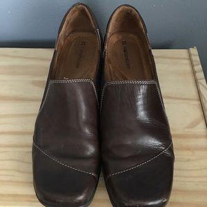 NATURALIZER   brown slip one   11